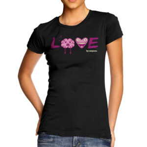 love-wayuco-augemented-reality-tshirt-woman